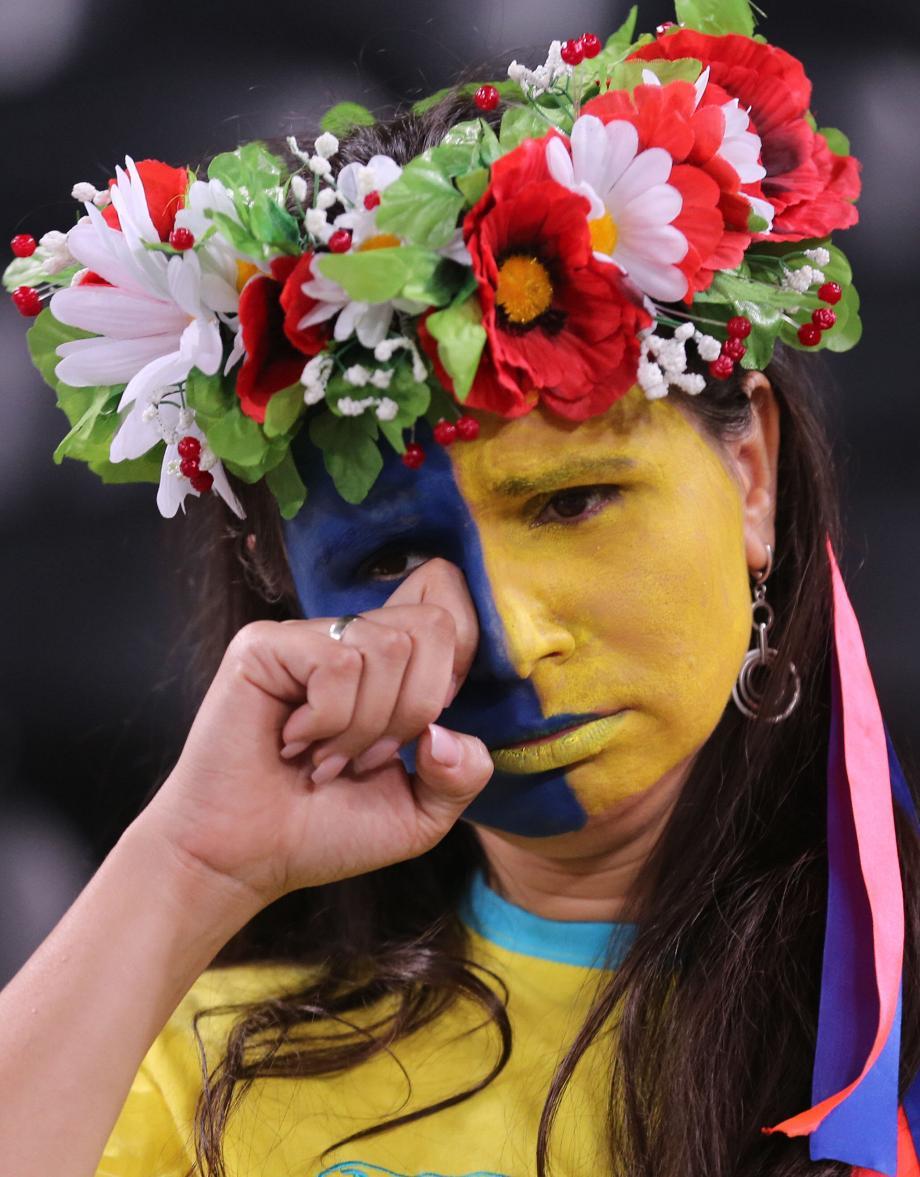 Картинки плачущая украина