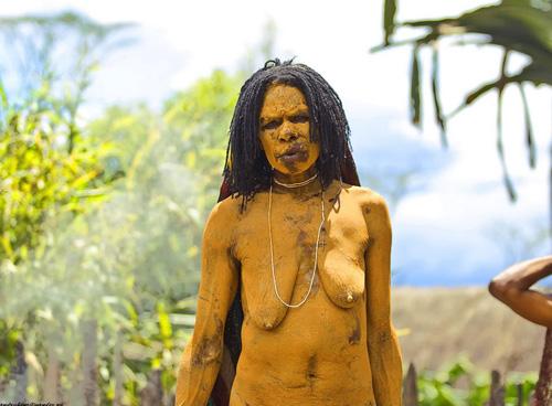 plemena-golie-afriki-video