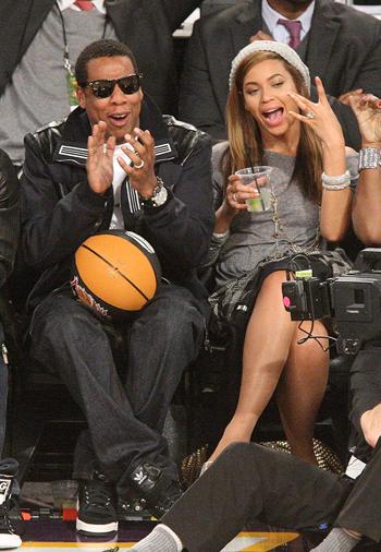 Самой богатой парой в Голливуде признаны Бейонсе и Джей Зи.