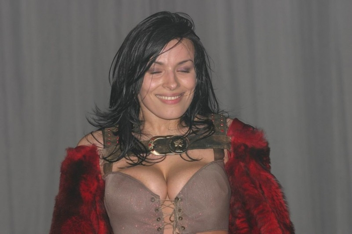 Фото голая грудь надежда грановская