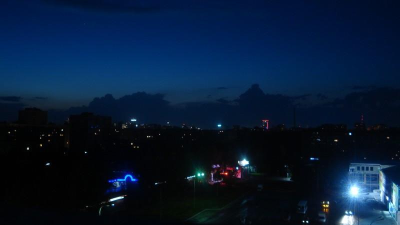 Вид c балкона / фото ночь.