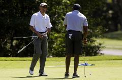 Обама выразил соболезнования близким Джеймса Фоули и отправился играть в гольф