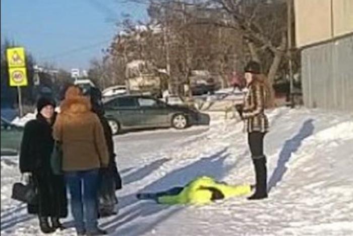 Искалеченную школьницу отыскали напроспекте вКаменске-Уральском. Спасти еенесмогли