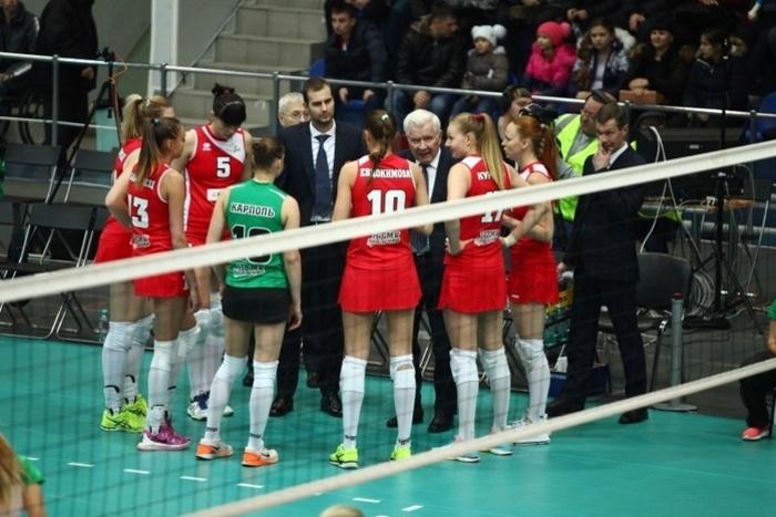 Волейболистки «Уралочки» спобеды стартовали вчемпионате РФ