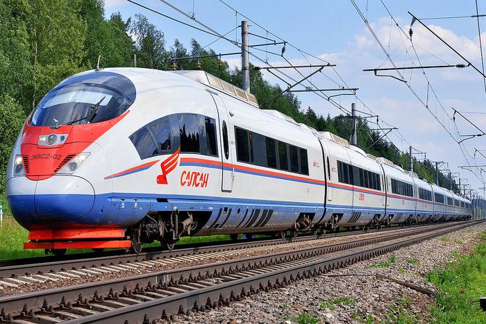 Медведев утвердил маршрут высокоскоростной железной дороги до Челябинска