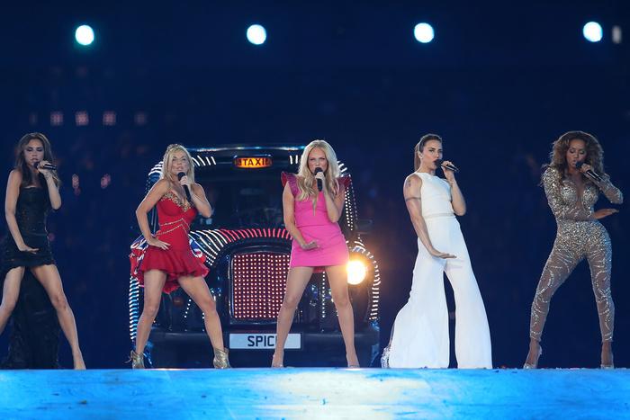 Робби Уильямс уточнил число ублаженных им участниц Spice Girls