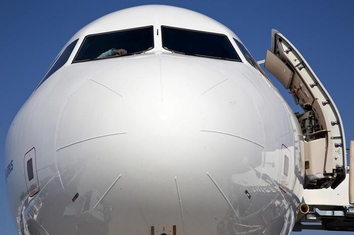 Суд оштрафовал Azur Air на 100 000 руб.