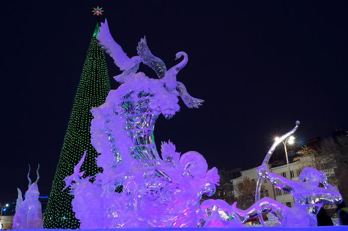 Ледовый городок вЕкатеринбурге откроют Куклачев имисс Екатеринбург