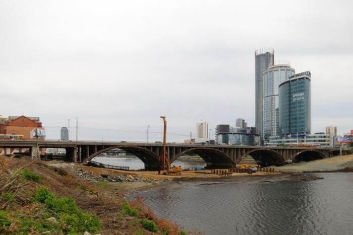 Онвозвращается: поМакаровскому мосту пустили трамвай 21-го маршрута