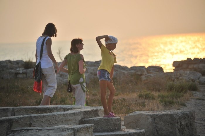 Эксперты назвали 11 стран, куда не стоит ехать этим летом