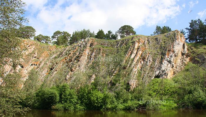 Скалы возле Мантурова камня