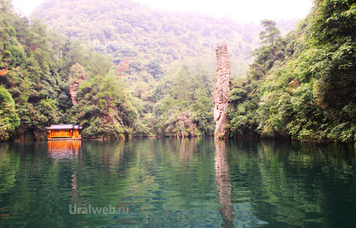 Озеро Баофен