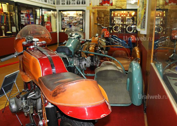 Спортивные мотоциклы Урал с коляской