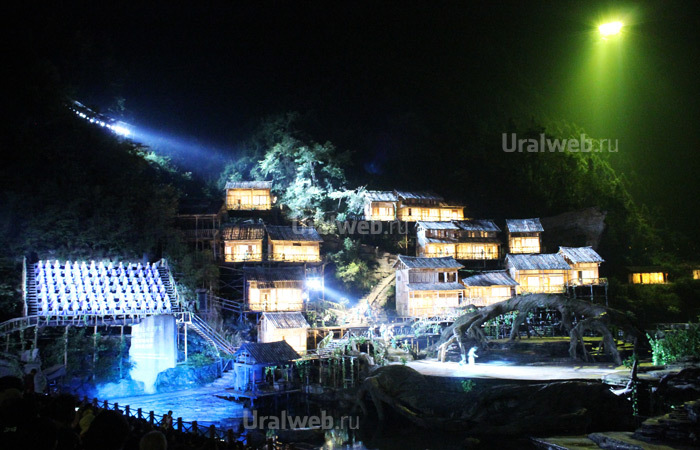 Шоу «Лиса- оборотень горы Тяньмень»